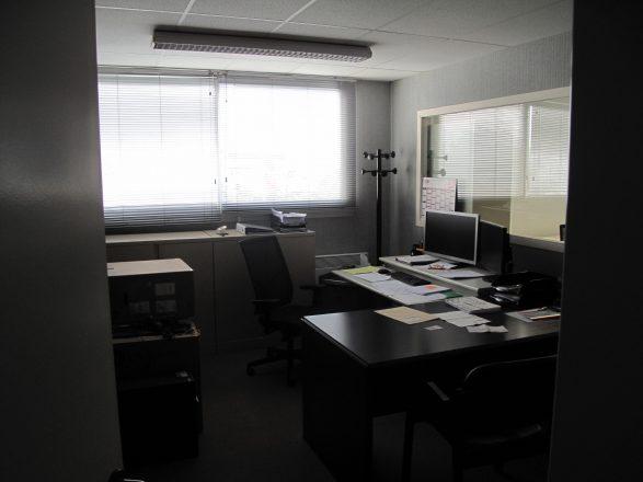IMG_3950 bâtiment B, étage, bureau