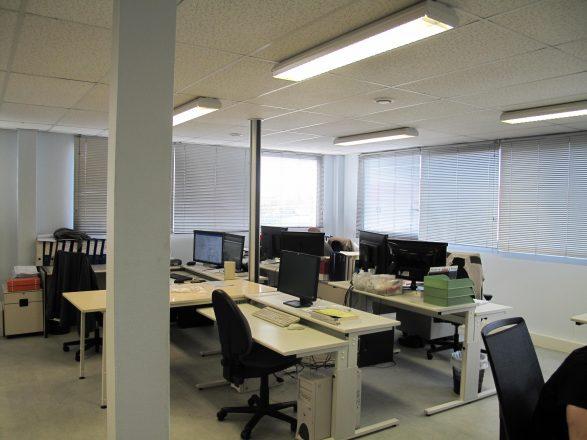 IMG_3952 bâtiment B étage bureau paysagé