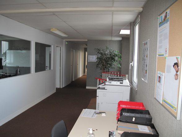 IMG_3956 bâtiment B, étage, couloir