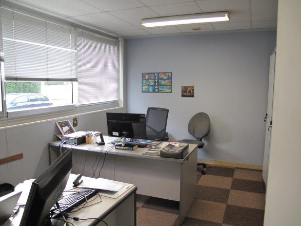IMG_3986 bâtiment 2, bureau