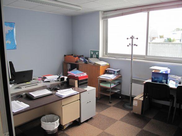 IMG_3988 bâtiment 2, bureau