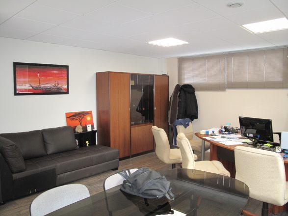 IMG_4007 bâtiment B, étage, bureau